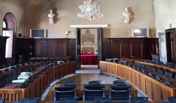 La sala Consiliare del Comune di Ravenna